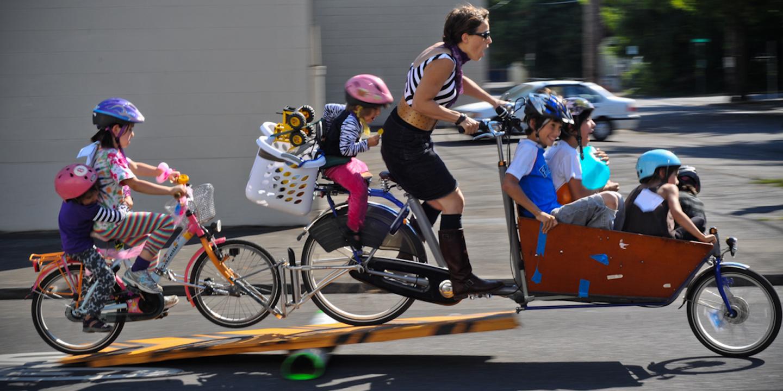 Comment transporter son enfant à vélo ?