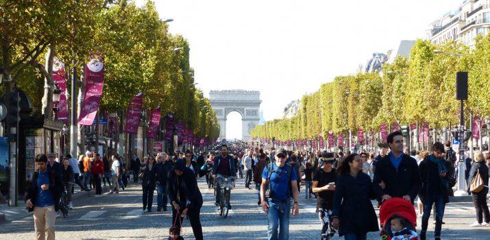 Les Champs Elysées réservés aux piétons et cyclistes !