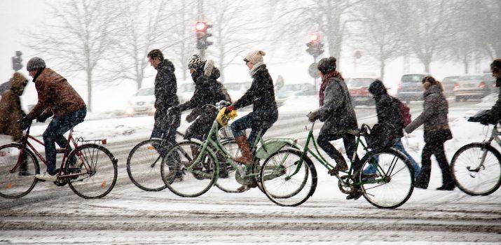 6 Astuces clés pour continuer le vélo en hiver