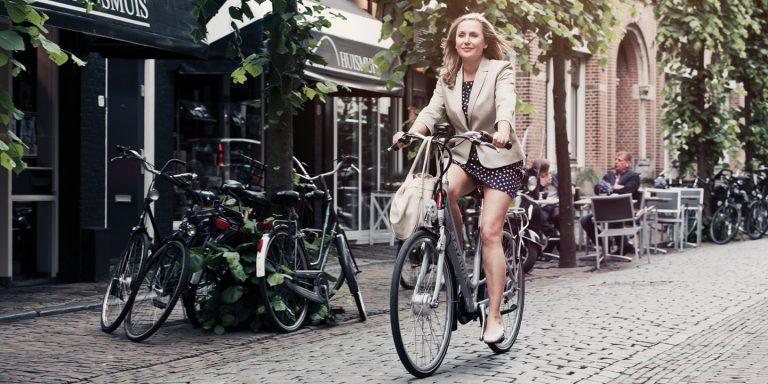 Vélo électrique : idées reçues, intox, et vraies informations