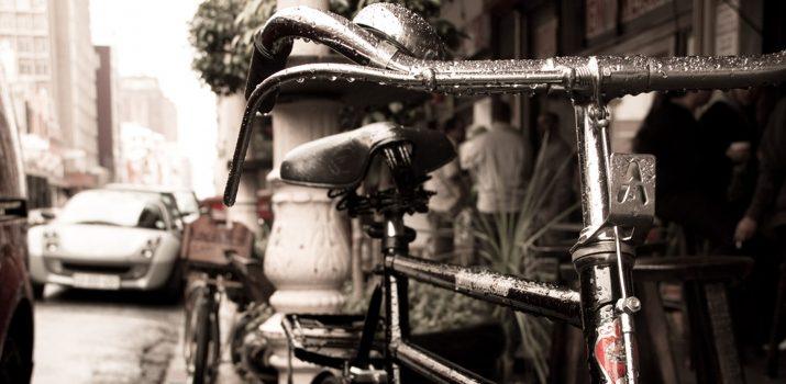 Comment continuer le vélo sous la pluie ?