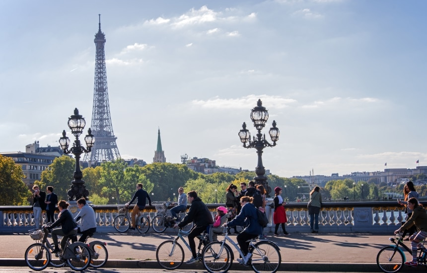 20 conseils pour faire du vélo à Paris - Holland Bikes